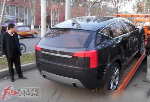 红旗SUV概念车再现长春街头高清图片