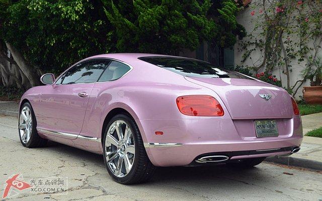 中国 宾利 欧陆/实拍唯一一部定制版2012款粉红色宾利欧陆GT美图