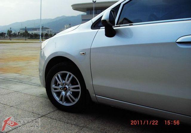 新赛欧1.4优逸版提车交照片高清图片