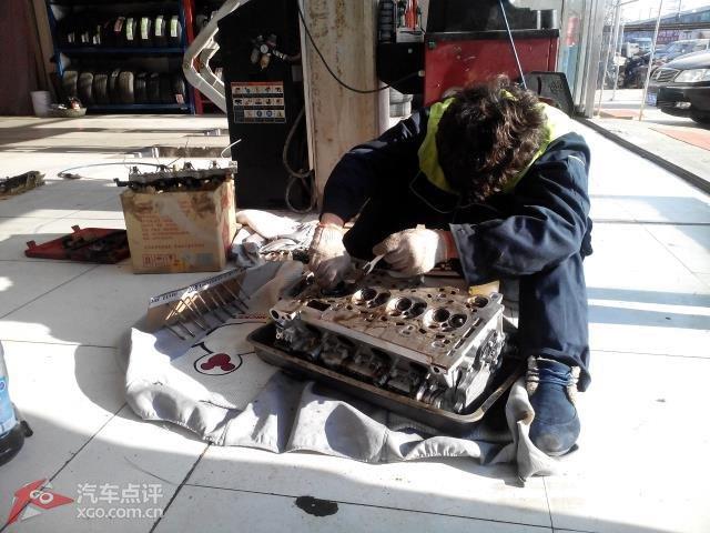 宝马车发动机烧机油原因分析