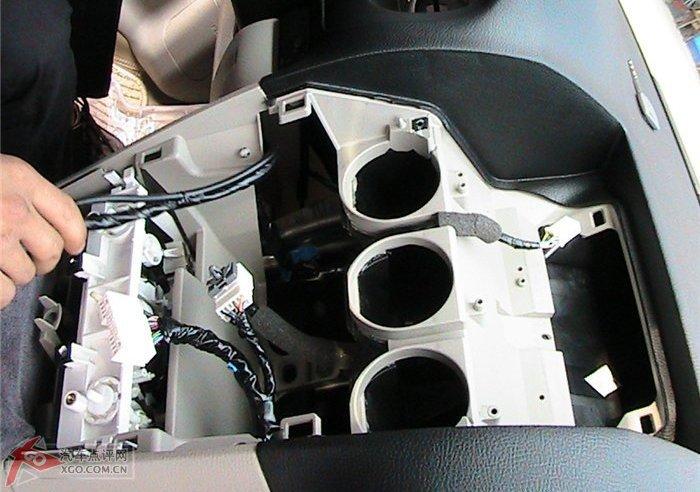 马六加装汽车导航—改吧汽车改装网