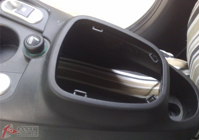 汽车论坛 比亚迪论坛 比亚迪f0论坛  自己装f0自动升降车窗器,锁车