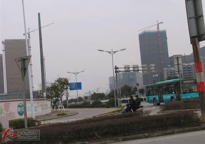 宁波北仑的街景,帝豪ec718的娘家!