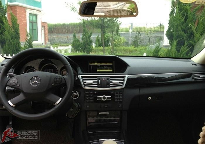 奔驰e260中控台按钮图解