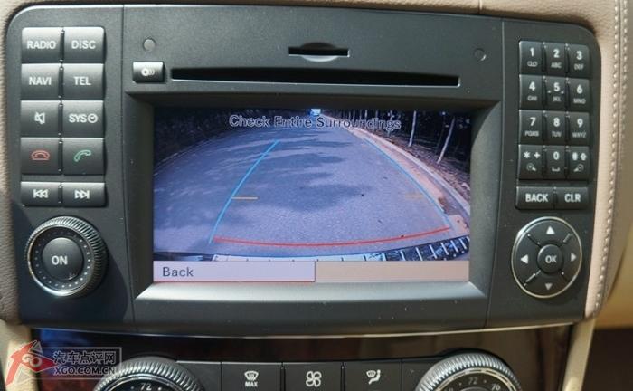 奔驰c180l安装倒车影像模块图解