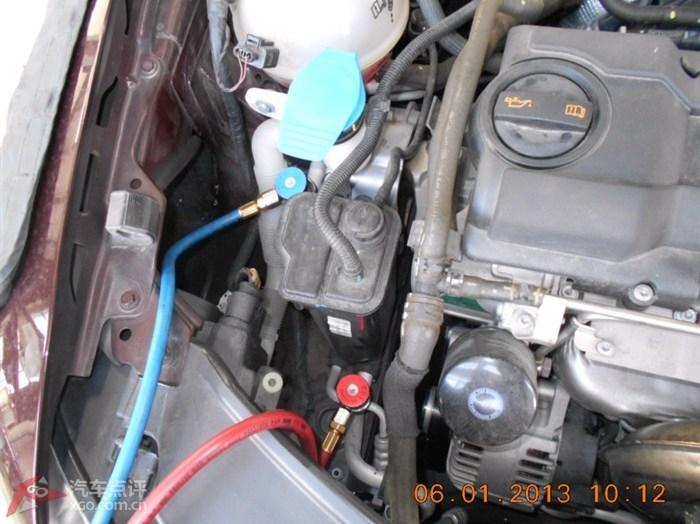接在空调压力管的两根管,红的是应该高压管?蓝的是低压管?