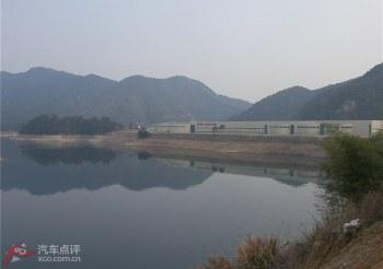 千岛湖边的农夫山泉厂